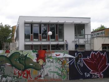 Mensa und Grafittis
